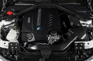 bmw-435i-ZHP-coupe-2016-engine