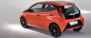 toyota-aygo-x-cite-2015-back